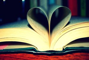 My love for books show.. by LeXiElOvE12