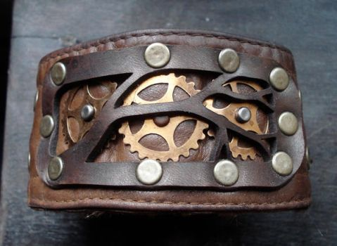 Branch and gear leather cuff by missmonster