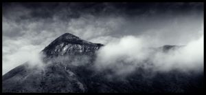 Misty Mountain by OnVee1