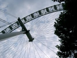 londons eye by aurorafae