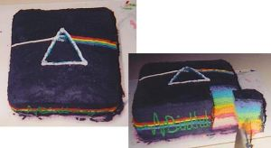 Dark Side of the Moon Cake by elliephant