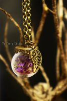 Necklace with Glass Globe / Leaf Charm / Real Flow by Geggellissima