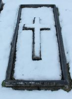 Snow Covered Gravestone 03 by fuguestock