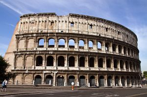 Flavian Amphitheatre: Colosseum by parallel-pam