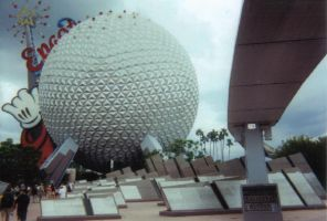 Epcot-Disney World by wallflowerxx