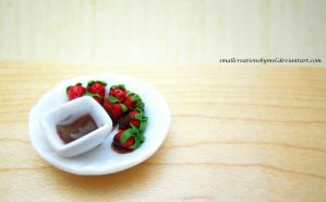 Chocolate Dipped Strawberries by SmallCreationsByMel