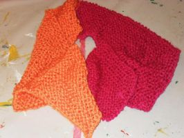 Raspberry and peach scarf by Gallerica