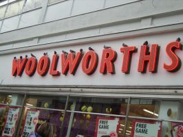 """A bird in the Woolworths"" by elbos"
