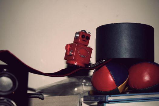 Robot Vintage Edit by jrunicl