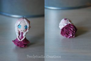 Little rose pendant 04 (fimo) by PoulpinetteCreations