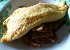 omelet on toast by plainordinary1