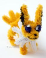 Jolteon Pipe Cleaners by kalicothekat