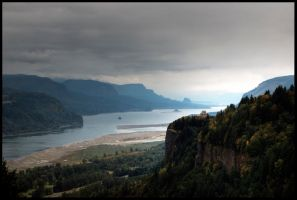 Columbia River Gorge by metro