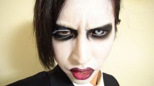 - *2nd* Marilyn Manson - Makeup3 by KisaMake