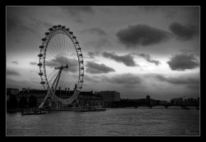 London Eye I by MishaART