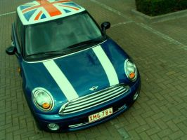 mini cooper by mufficek