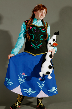 Anna and Olaf by Ayechanit