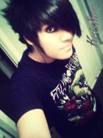 Hi, my name is Ronnie, I'm an addict. c: by xxaddicted2spxx