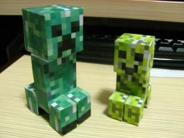 Creeper family? by DVD-Lesher