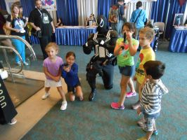 Agent Venom instructing children on weapon safety by pa68