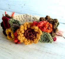 Crochet sunflower Bracelet by meekssandygirl