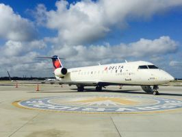 Delta Connection CRJ-200 by AnthonyC12