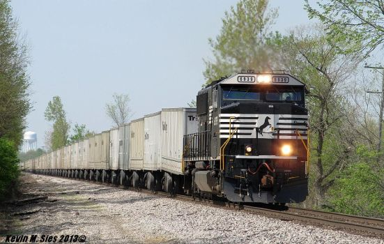 Brand New SD60E Rebuild # 6939 leading 260 by EternalFlame1891
