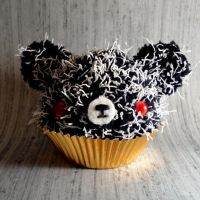 Possessed cupcake with maggots by amigurumikingdom