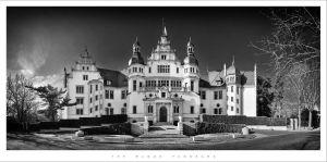 The Manor Panorama by Nylons