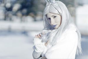 Snow Queen by Lady-I-Hellsing