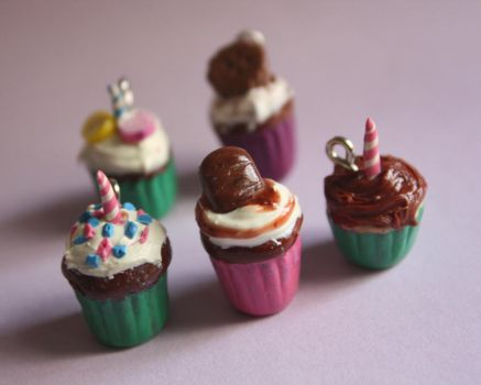 Party Cupcakes by breatheday