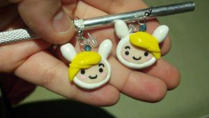 Earrings: Fionna the Human by pinabear