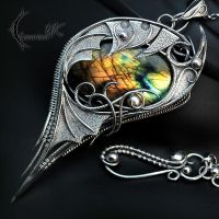 THARN ATHARIS- Silver and Labradorite. by LUNARIEEN
