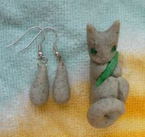 Faux Stone Kitty -jewelry set by ZutaraMushroom