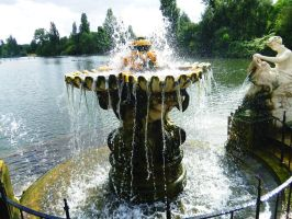 Fountain at Hyde park by StevenARTify