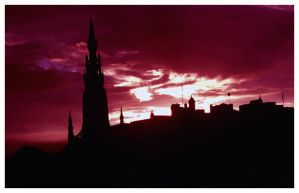 skyline edinburgh by DasGloy