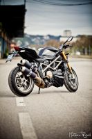 Ducati Streetfighter S - 1 by Makavelie