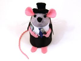 Scribblitzsky Journalist Mouse by The-House-of-Mouse