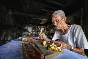 Traditional Craftsman - The Dying Art by SAMLIM