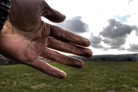 Photographers hand by Shortricci