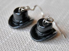 Black Hat Earrings by Madizzo