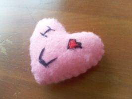 Heart pin-cushion by mirageant