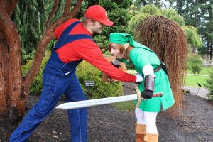 Mario thanks link..... by LoZCosplay