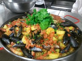 Seafood Paella by Evilpixistix5