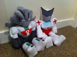 Ratchet and Wheeljack Plushies by Kaysiel