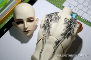 Gardus face-up and body tattoo by PristinM