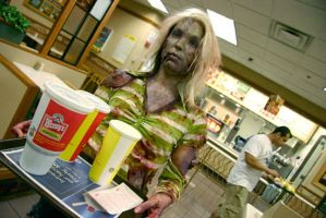 Zombie Needs Food, Badly by hallopino