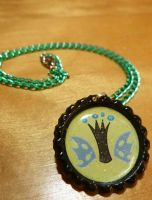 Queen Chrysalis Necklace by Monostache