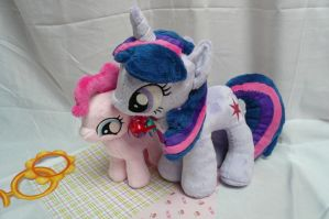 Filly Pinkie Pie and Twilight Sparkle Plush by navkaze