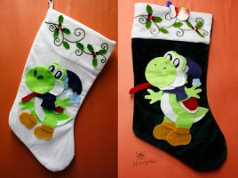 Old Yoshi Stockings by MeMiMouse